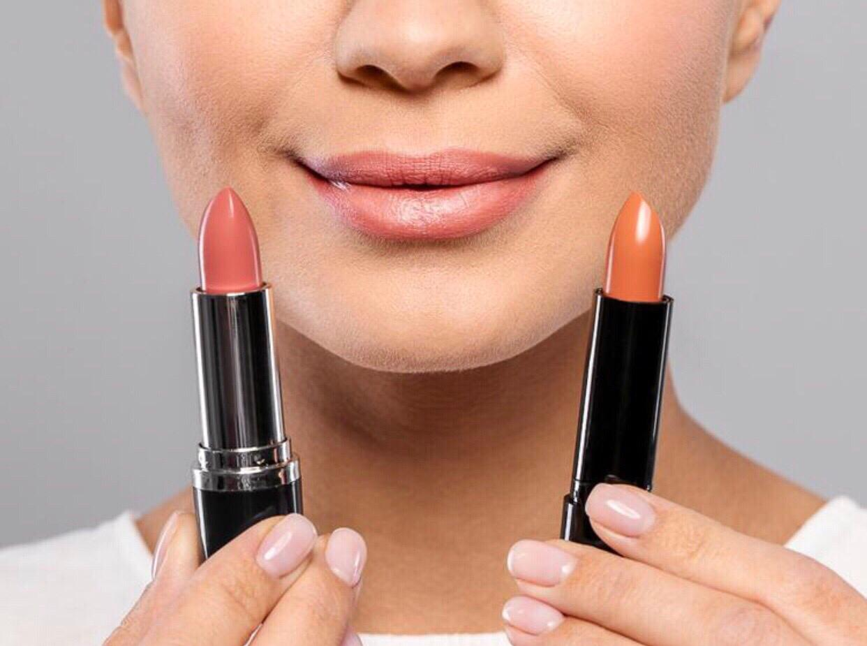 HOW TO PICK THE PERFECT LIPSTICK SHADE: 5 TIPS FROM A MAKEUP ARTIST